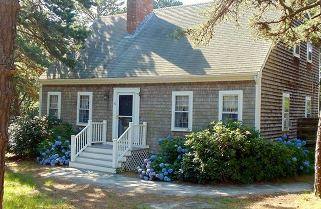 Our Realtors Reveal the 9 Most-Wanted Features in a Cape Cod Home