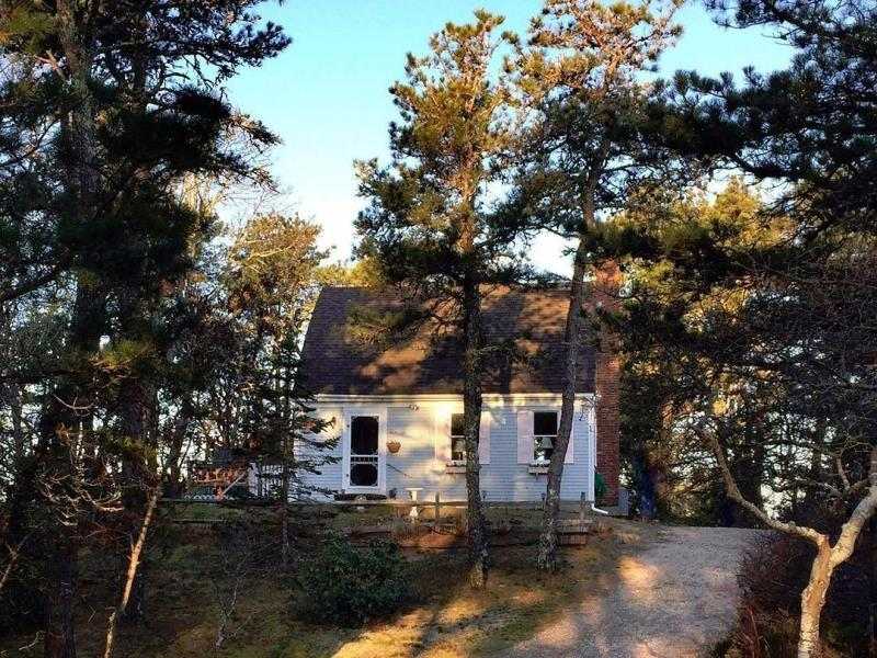 New  3 Bedroom Listing in Wellfleet!